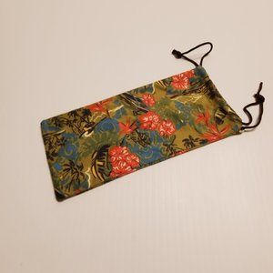 Maui Jim tropical floral cleaning cloth pouch